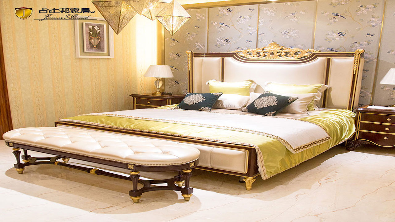 James Bond Classic bed 14k gold and solid wood White JP660