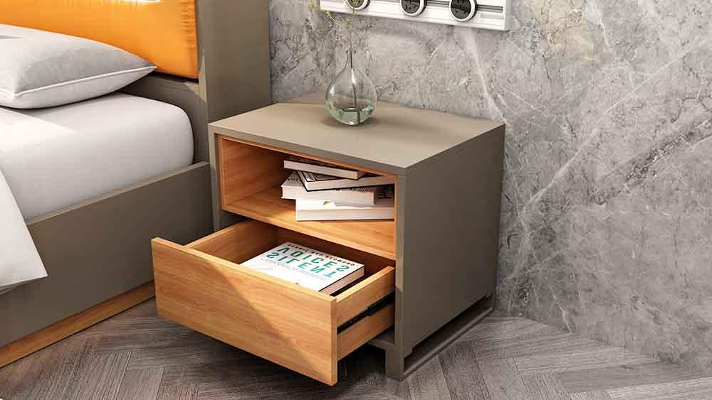 MA01 suite šedá strana nočního stolku