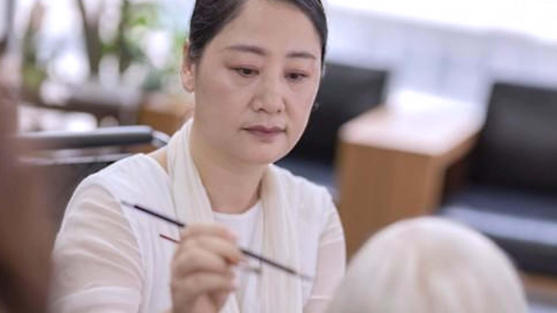 La figura di cera cinese di Zhou Xueyong è lndistingable dal vero!