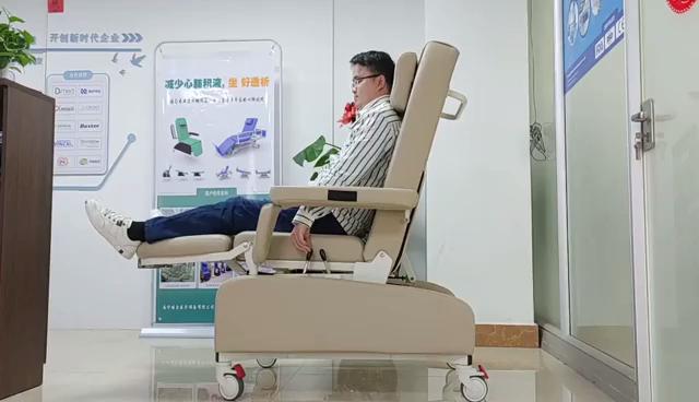 Hoë Kwaliteit China Handleiding Dialise Voorsitter Bloedversameling Stoel Vervaardigers-Guangzhou Mecan Mediese Beperk