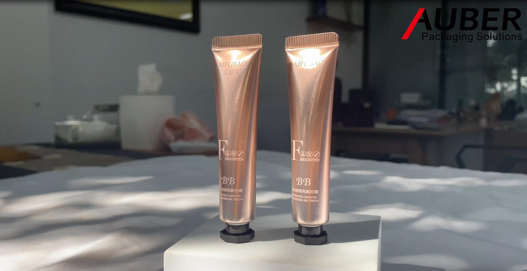 Auber Gradual Changing Color Metal Squeeze Tubes in Dia.19mm for Eye Cream with Black Octagonal Cap